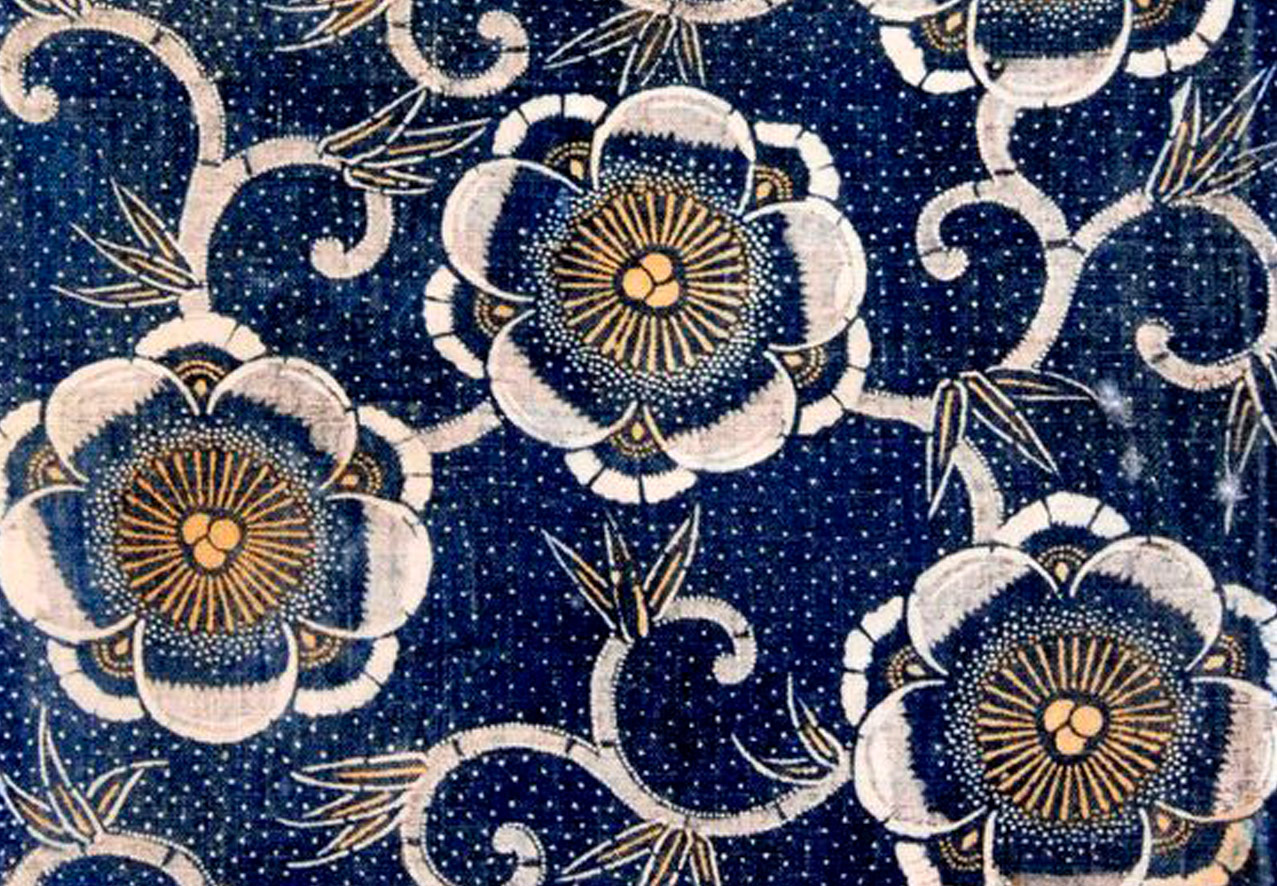 Very detailed blue white and gold repeating flower pattern